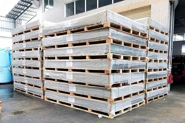 Paquete de panel de policarbonato
