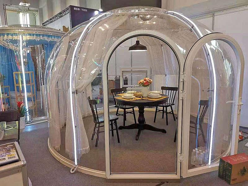 Clear Bubble Restaurant