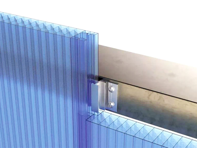 Installing plastic facade