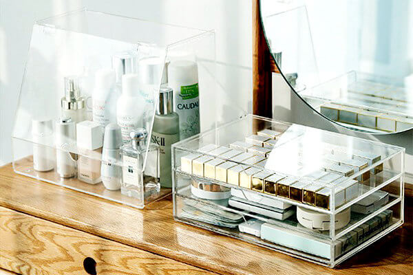 Plexiglass Makeup Organizer
