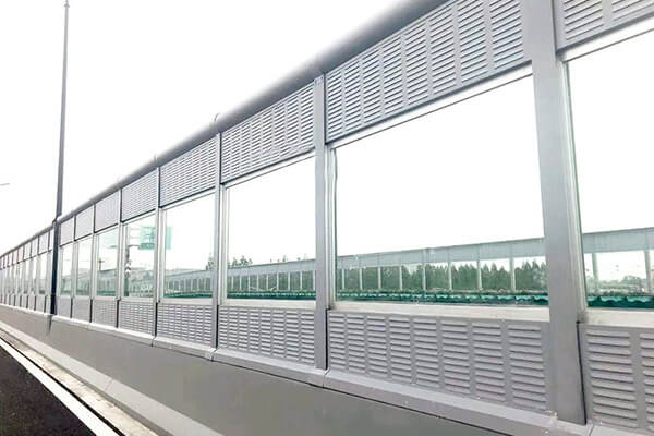 PMMA Noise Barrier
